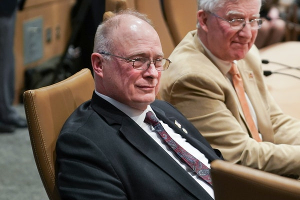 Sen. Jerry Relph is first Minnesota lawmaker to die of COVID-19