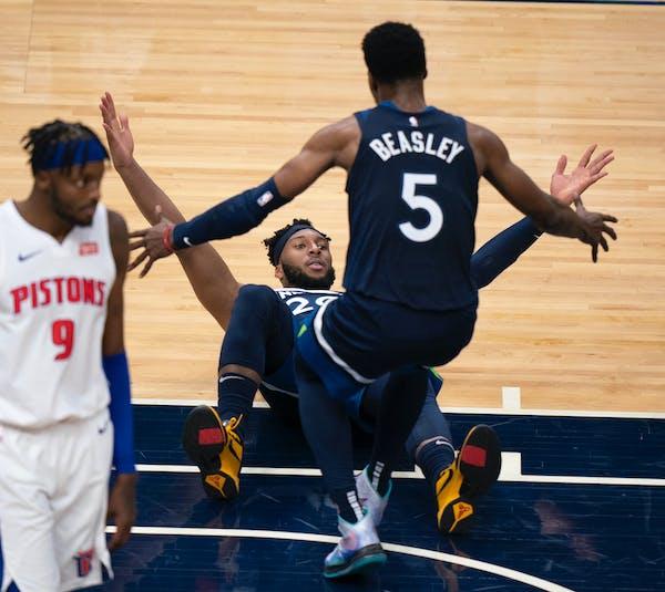 Wolves down Pistons in NBA opener