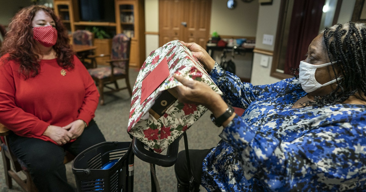 Minnesota nonprofits boost programs to combat senior isolation during COVID-19 pandemic