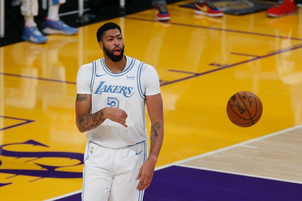 Lakers star Anthony Davis showed up on the injury report Saturday as questionable because of a right calf contusion.