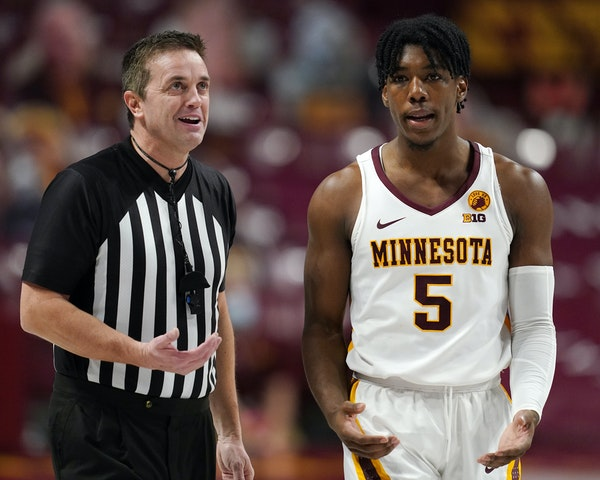 Gophers guard Marcus Carr was named Big Ten player of the week.