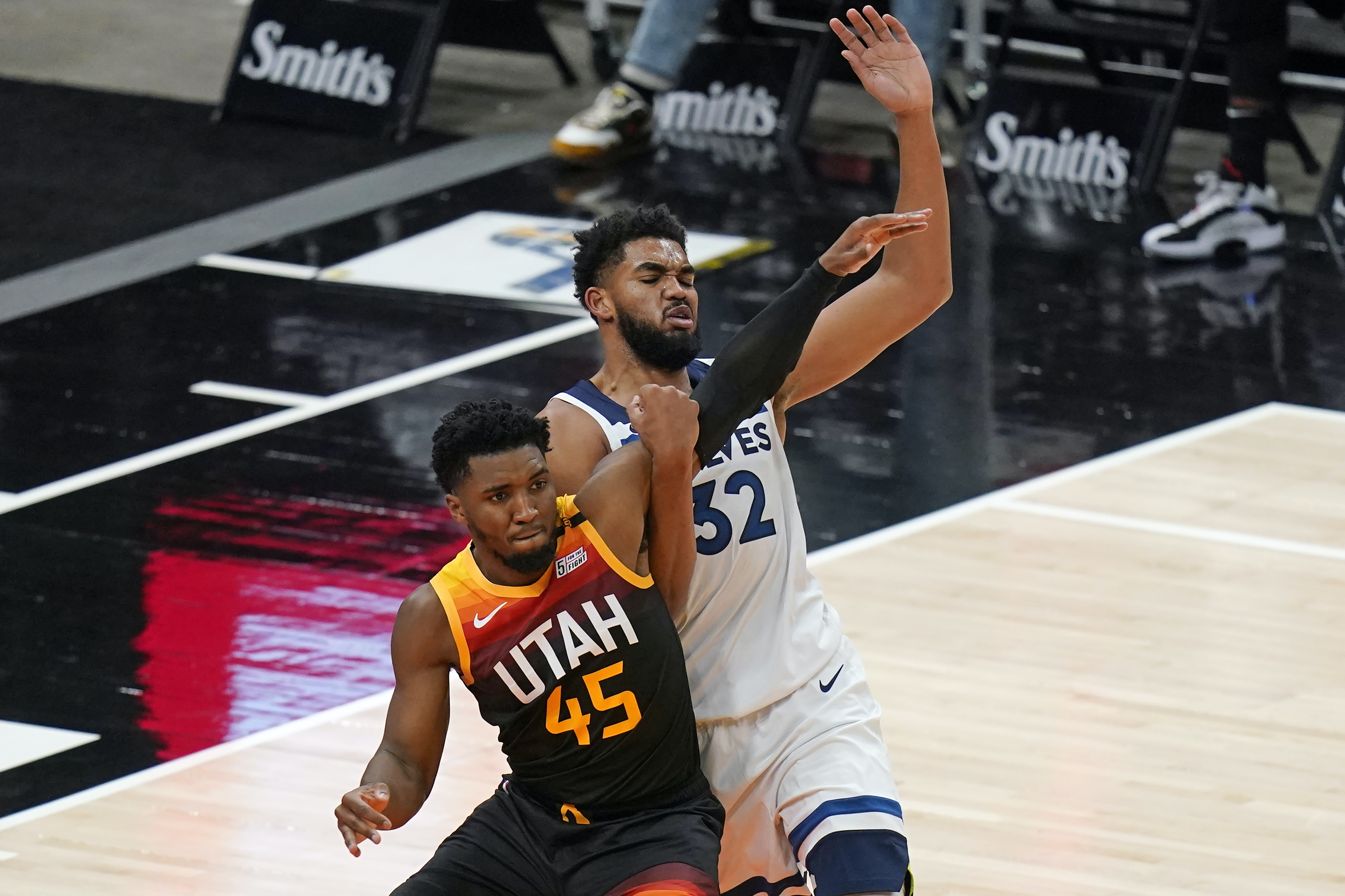 Timberwolves Will Need To Adapt Again Without Karl Anthony Towns Star Tribune