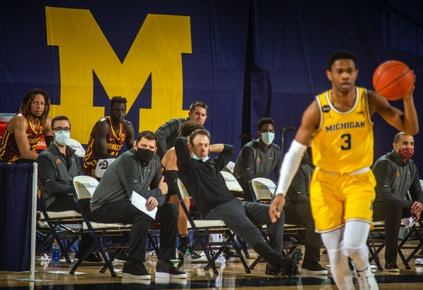 Second-half meltdown by Gophers leads to blowout at Michigan