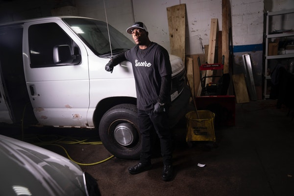 Randall Smith's car detailing business is being aided by a $250,000 donation from the Vikings.