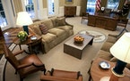 Photographs of the Oval Office at the immediate moment of a presidential transition are a bit hard to come by, but here's a view following renovatio