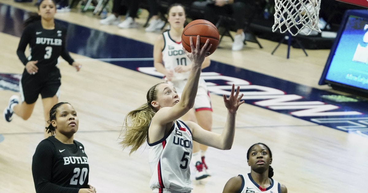 UConn routs Butler 103-35, Auriemma passes Summitt in wins