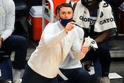 Timberwolves head coach Ryan Saunders