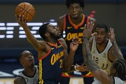 Andrew Wiggins is a complementary player with Golden State — rather than a centerpiece.