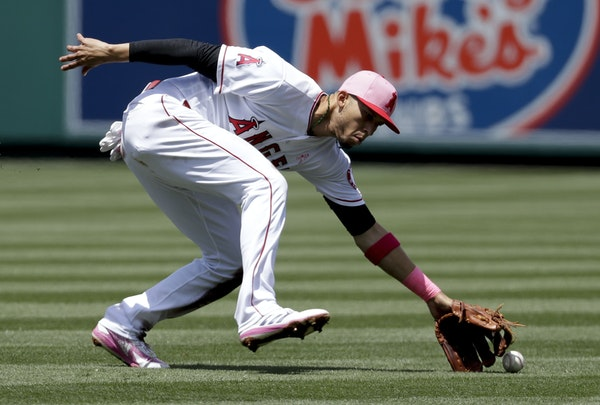 Andrelton Simmons has won four Gold Gloves, two with Atlanta and two with the Los Angeles Angels.