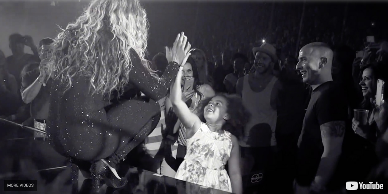 Beyoncé picked Aria out of the crowd and handed her the mic so they could sing together at a concert she attended with Brittani.