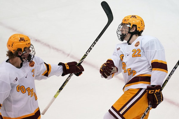 Bryce Brodzinski (22), Robbie Stucker (3) and the rest of the Gophers will take on No. 11 Wisconsin this weekend.