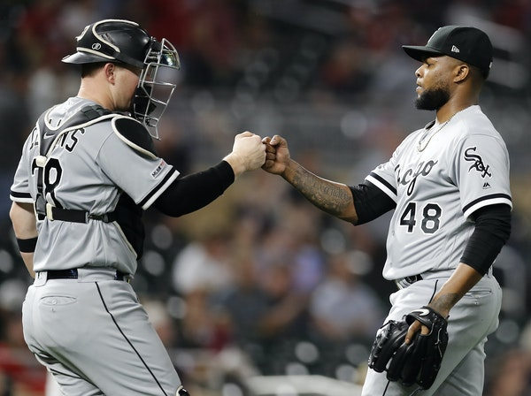 Bullpen makeover: Twins reach deal with former Sox closer Colome