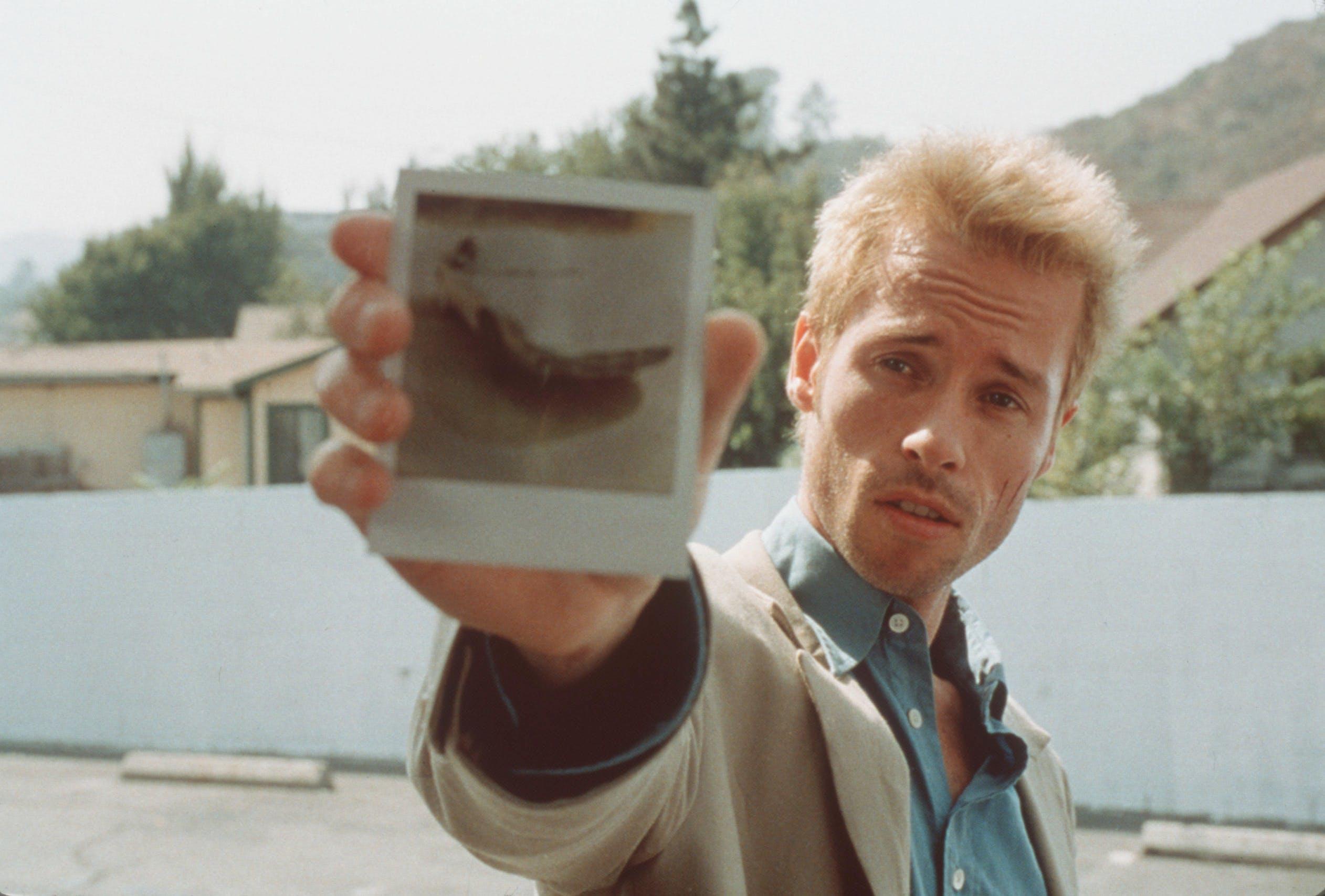 Guy Pearce stars in 'Memento.'