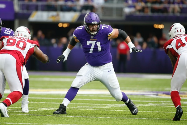 Vikings offensive lineman Riley Reiff in 2019.