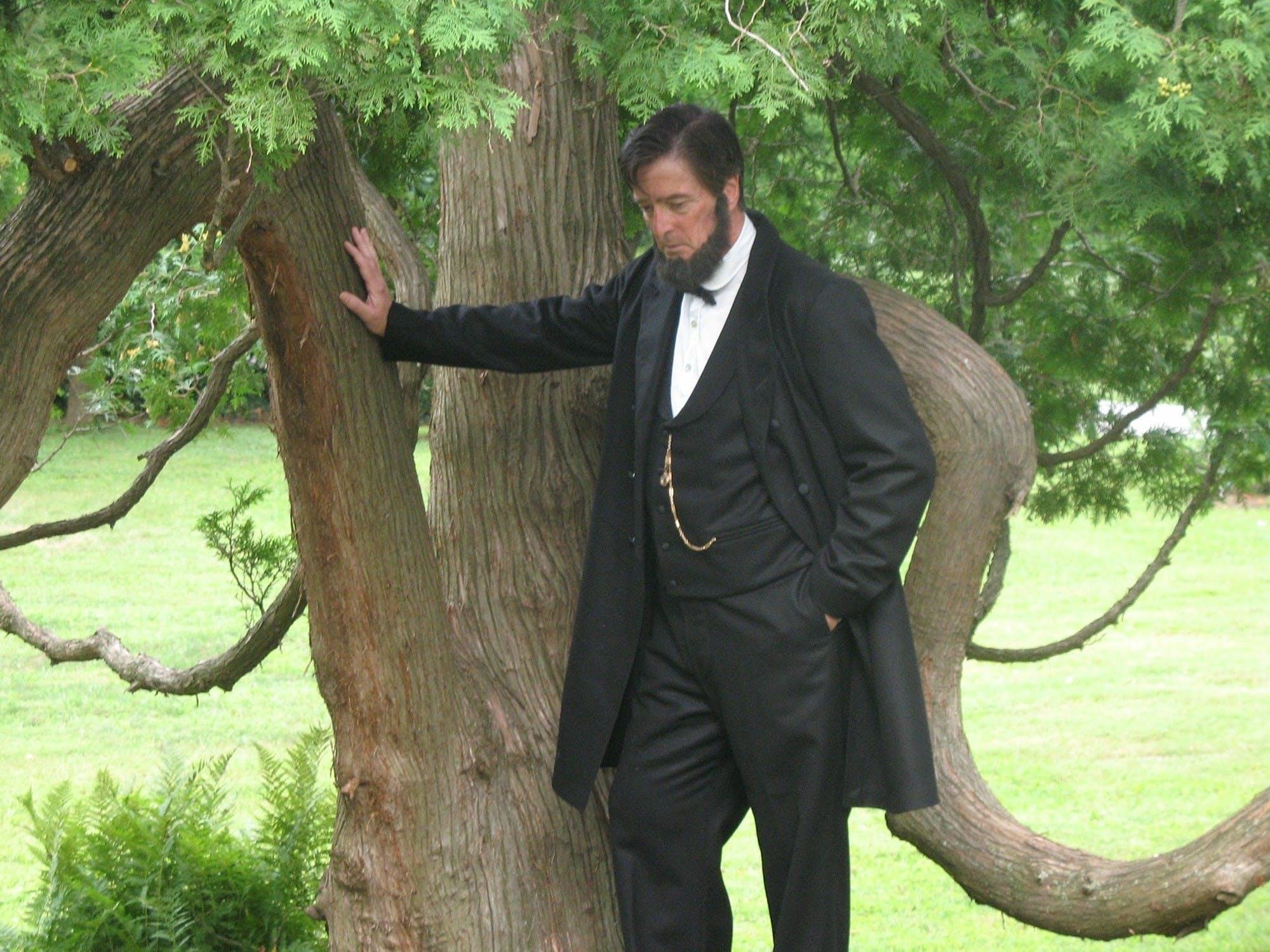 Lincoln portrayer Eric Richardson.