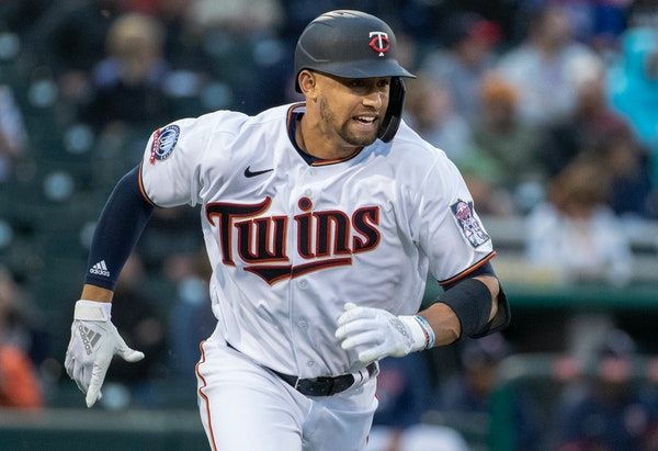 Lewis among 32 Twins minor-leaguers coming to training camp