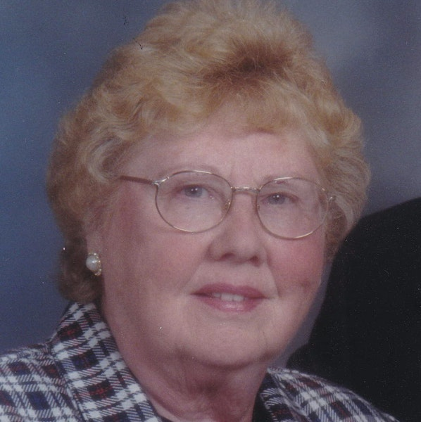 Mildred Mae Hill, a teacher and family historian, dies of COVID-19 at 93