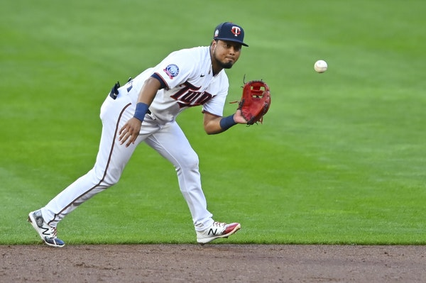 Booted from second-base job, Arraez primed for Twins' super-utility role