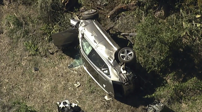 Tiger Woods suffers leg injuries after California car crash   Star Tribune