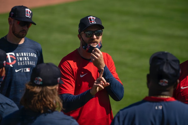 Twins manager Rocco Baldelli gave instructions to players before a drill began Tuesday morning.