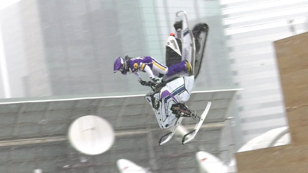 Levi LaVallee lands backflip snowmobile stunt over Nicollet Mall in Minneapolis