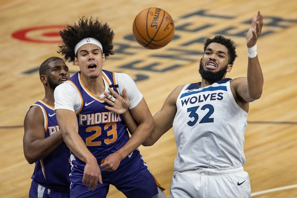 New home, old result: Wolves blown out in Finch's first Target Center game