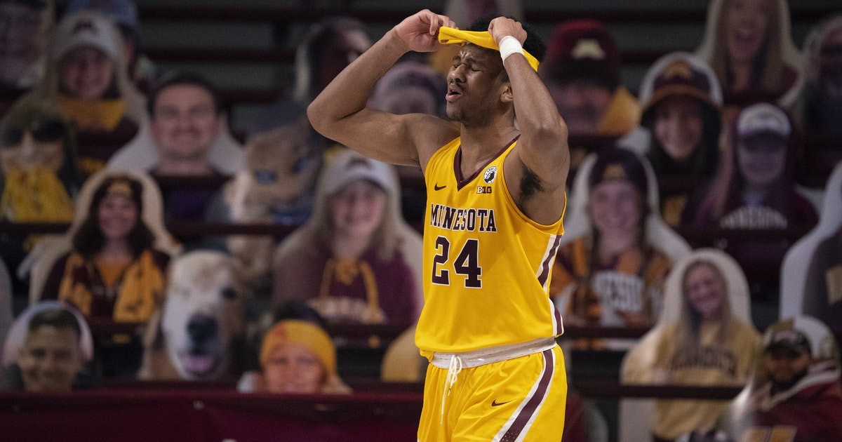 "Gophers senior Eric Curry on battling back from injuries: ""This is my last season playing basketball"""