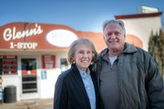 Glenn and Rose Ann Seutter at the convenience store they owned since 1974 and recently sold.      ] GLEN STUBBE • glen.stubbe@startribune.com   Thur