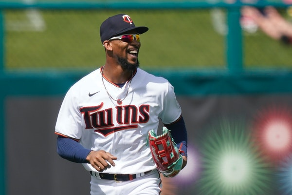 A broken tooth Monday put the Twins' Byron Buxton in a dental chair instead of center field.