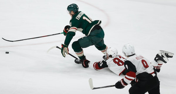 The Wild's Joel Eriksson Ek alluded Phil Kessel of the Coyotes resulting in the Wild's fourth goal.