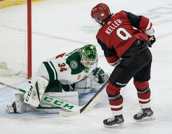 Minnesota Wild goalie Kaapo Kahkonen (34) made save on a shot by Clayton Keller (9) of the Arizona Coyotes in the second period.