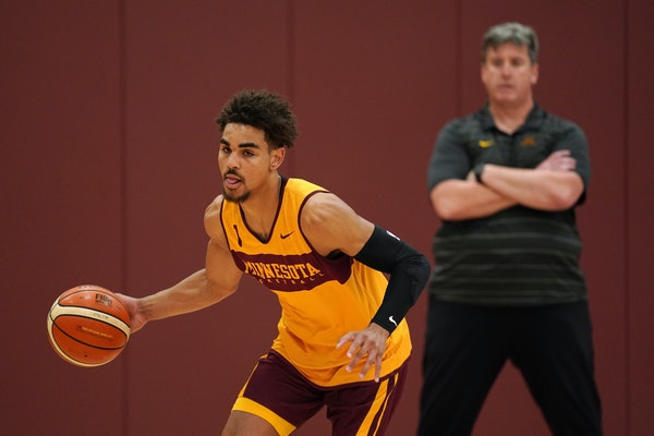 Gophers assistant coach Ed Conroy watched Tre Williams during a practice.