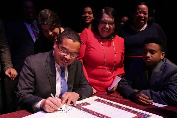 AG Keith Ellison's mother dies from COVID-19 complications