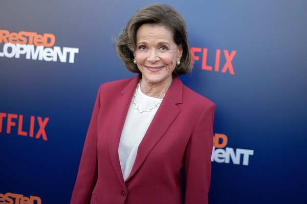 Jessica Walter has died at 80.