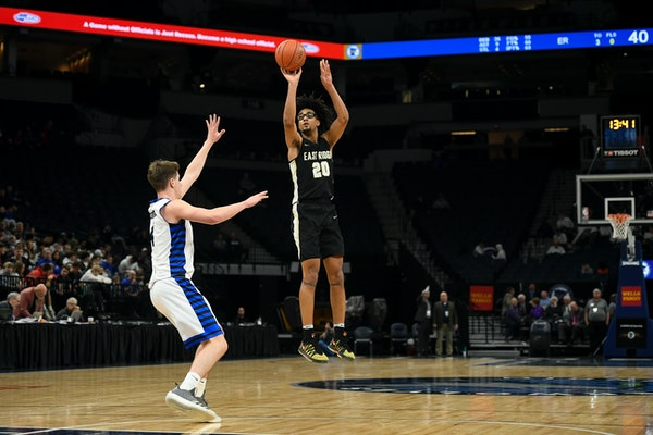 Courtney Brown Jr., shown here playing for East Ridge at the boys' basketball state tournament in 2019, is the first transfer to join St. Thomas as