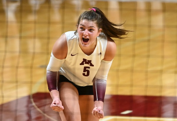 Gophers setter Melani Shaffmaster during a match last month.