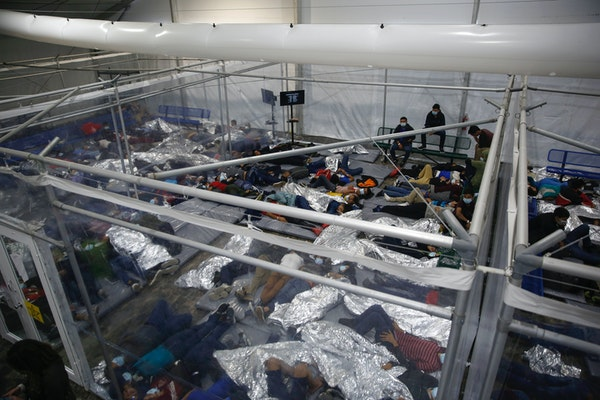 Over 4,000 migrants crowded into Texas facility