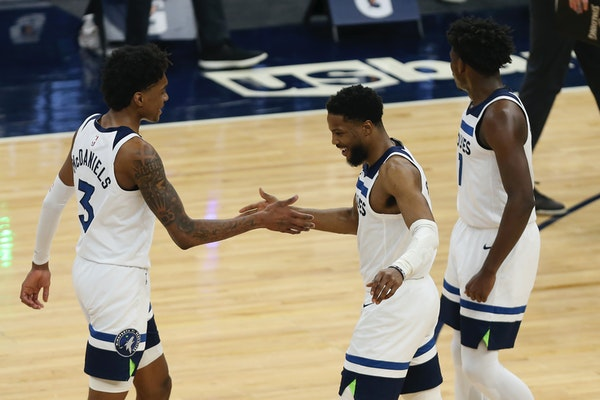McDaniels 'special' in Timberwolves win over Knicks