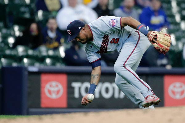 Neal: Through one game, Twins were wrong about having defense covered
