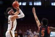 Gabe Kalscheur (22) has entered the NCAA transfer portal.