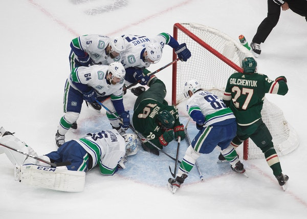Canucks' season being brought to standstill because of COVID outbreak