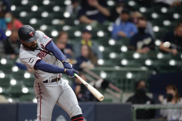 Buxton gives Twins fans a scare, but his departure is for illness