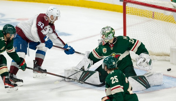 Badly played second period sinks Wild in loss to Avalanche