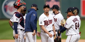Twins starting pitcher Kenta Maeda reacted as he was pulled from the game by Twins manager Rocco Baldelli