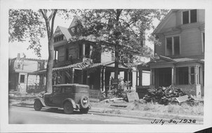 """With curving streets that defied the standard Minneapolis grid, Oak Lake Park was possibly the first example in the Twin Cities of a """"tangletown."""""""