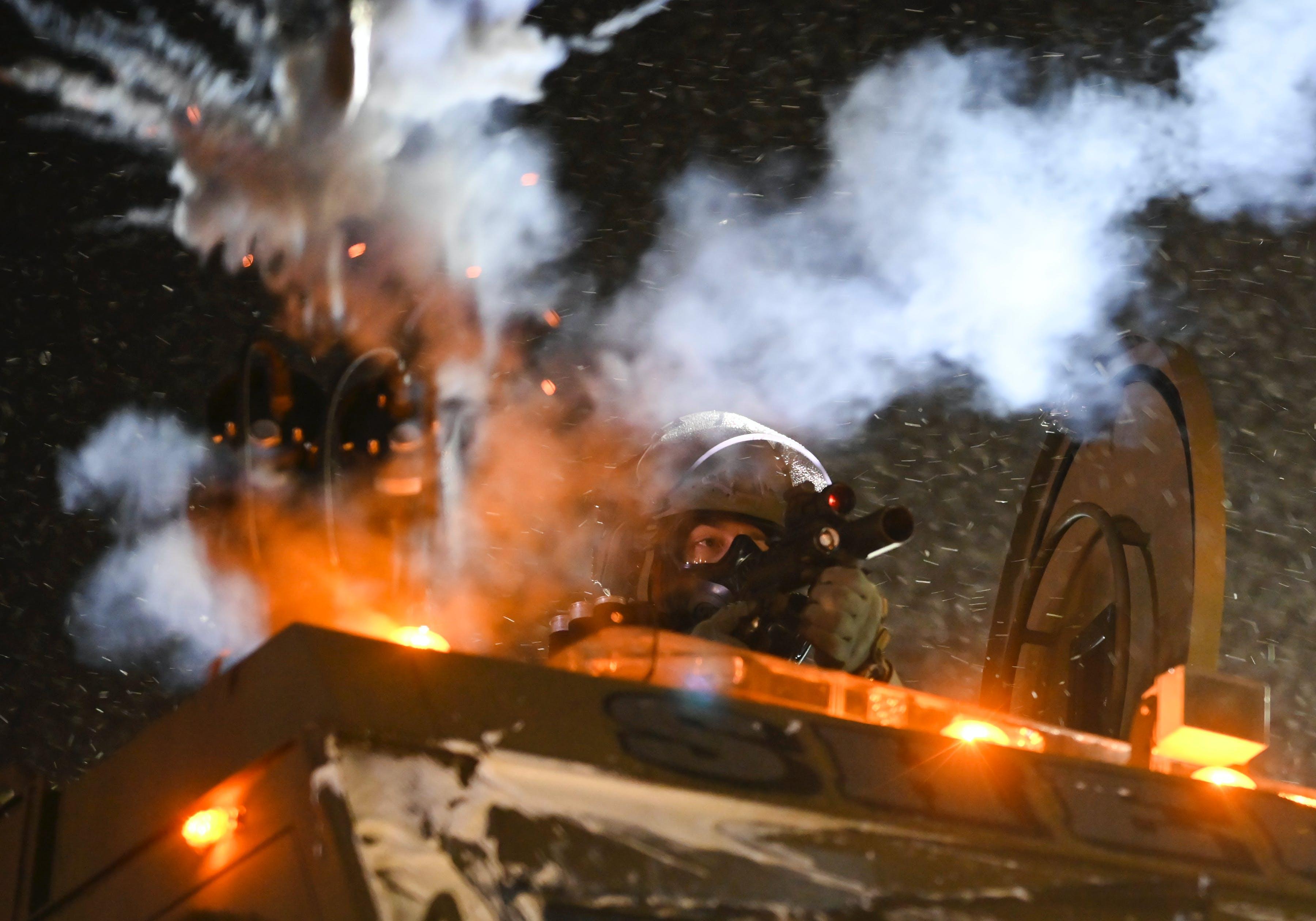 Tensions build between Walz, progressives over police protests
