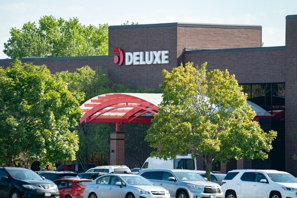 Deluxe Corp Shoreview, Minnesota headquarters.  (GLEN STUBBE/Star Tribune)