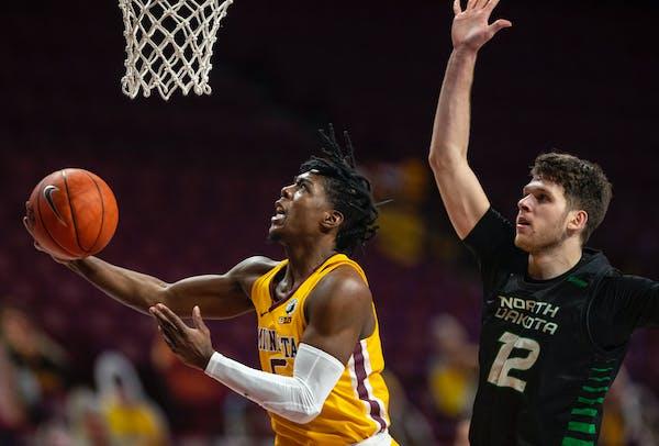 North Dakota grad transfer Rebraca picks Iowa over Gophers