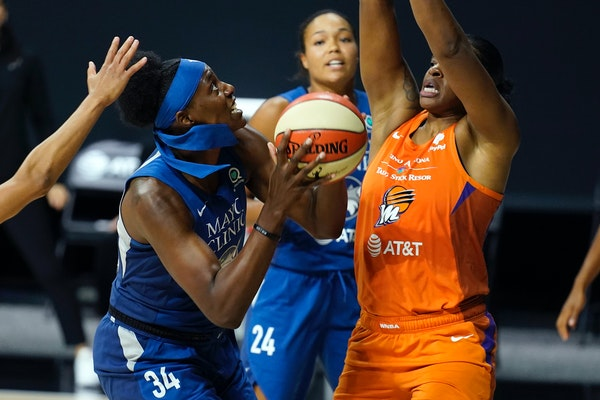 After playing in only seven regular-season games in the WNBA's Bradenton, Fla., bubble in 2020, Sylvia Fowles returned to the Lynx in September for