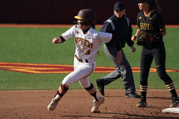 Gophers' second baseman MaKenna Partain